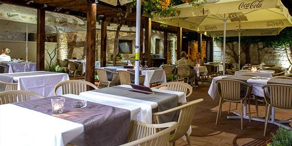 Restauranter-Trogir-2