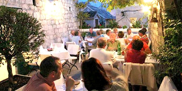 Restauranter-Trogir-7