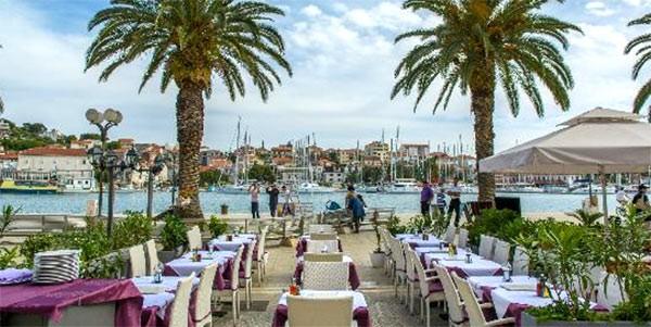 Restauranter-Trogir-8